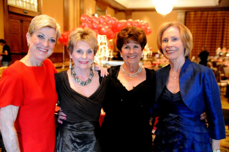 DSC_1007-LindaM,Bev,Wanda,Carolyn